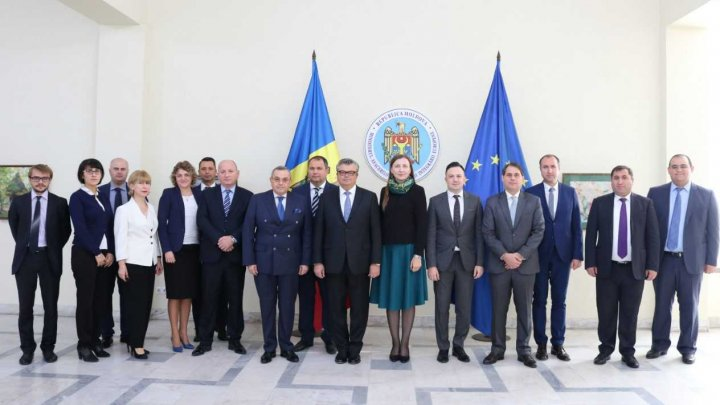 Cooperarea în domeniul consular a statelor-membre GUAM discutată la Chişinău