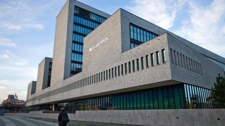 Europol creează un nou centru specializat în combaterea delictelor economice şi financiare