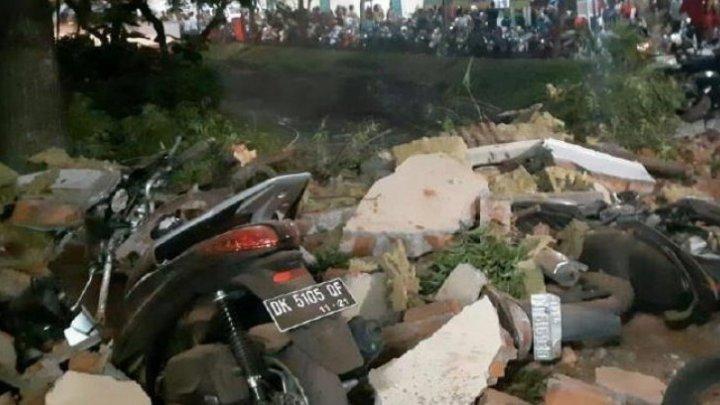 Bilanţul victimelor celor două cutremure şi a tsunamiului din Indonezia a ajuns la 1.347 de morţi