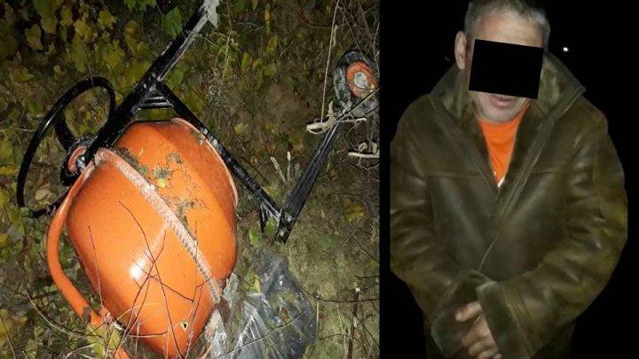 Un bărbat din oraşul Cricova, reţinut pentru comiterea unui furt dintr-o casă aflată în construcţie