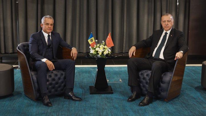 Vlad Plahotniuc și președintele Turciei, Recep Erdogan, au discutat despre consolidarea relațiilor dintre Moldova și Turcia