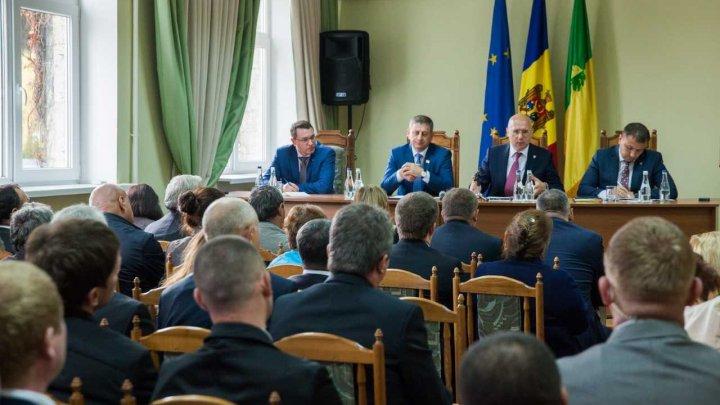 Pavel Filip, la Strășeni: Când o să ne suflecăm mânecile și o să muncim, atunci vom trăi bine în Moldova