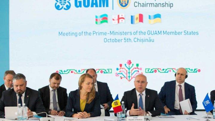 Reuniunea șefilor de Guverne GUAM. Pavel Filip: Doar unindu-ne eforturile, putem face ca vocea noastră să fie auzită la nivel internațional