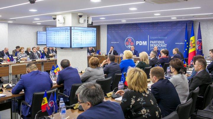 Salarii bune pentru Moldova. Vlad Plahotniuc: Salariile bugetarilor vor crește substanțial, chiar și cu până la 90% pentru unele categorii