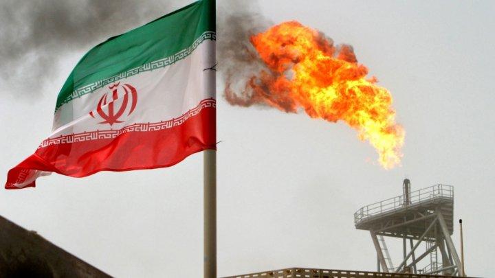 India va importa nouă milioane de barili de petrol din Iran, în pofida sancţiunilor impuse de SUA