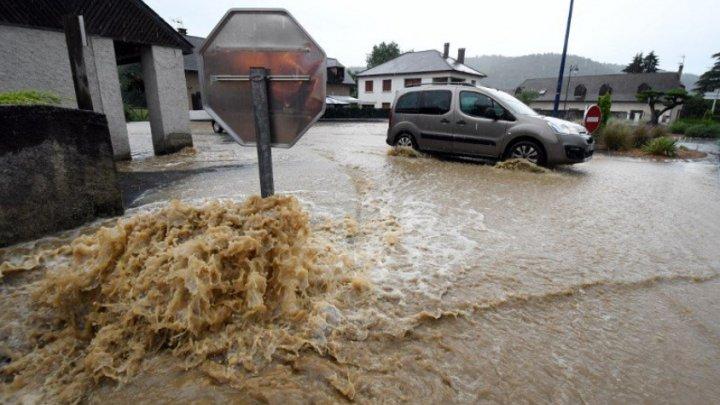 BILANȚ SUMBRU: Cel puţin şase morţi şi peste 590 de răniţi, în urma inundaţiilor din Krasnodar