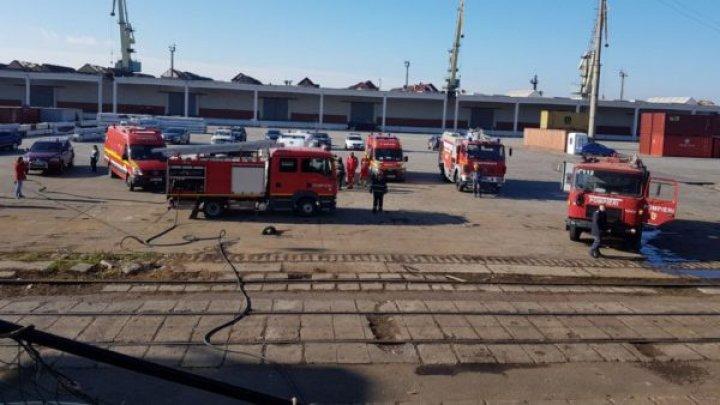 Un incendiu a izbucnit la bordul unei nave bulgăreşti în Portul Constanţa
