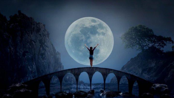Luna Plină pe 24 octombrie: Cum suntem influenţaţi
