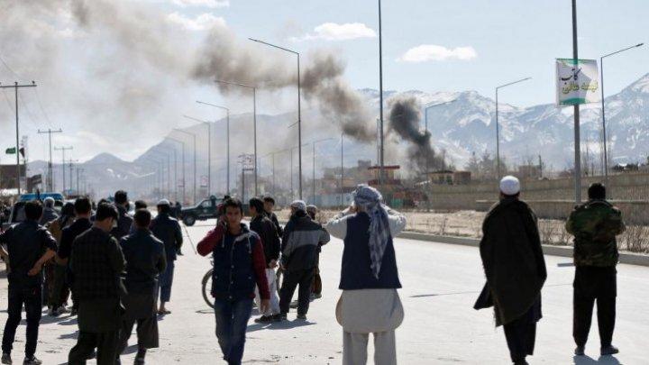 Raport ONU: Aproximativ 250.000 de persoane au fost strămutate în Afganistan în acest an din cauza luptelor