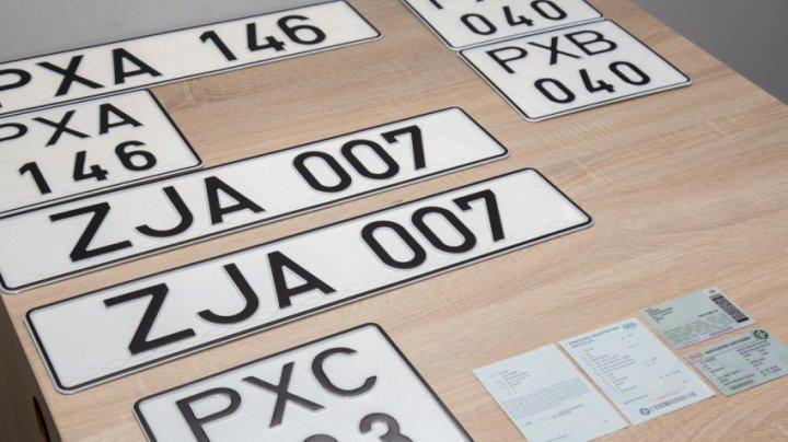 Un nou termen pentru introducere a plăcuţelor de înmatriculare neutre? Poliţiştii de frontieră vor informa şoferii din stânga Nistrului până pe 1 martie