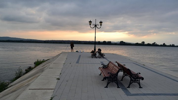 Un orașel din România este evitat de turiști. De ce autoritățile trimit vizitatorii în Republica Moldova