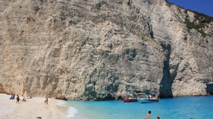 Insula grecească Zakynthos s-a deplasat 3 centimetri în urma cutremurului de vineri