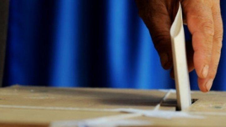 Referendum în România: Un bărbat a venit la vot beat și cu pistolul la el