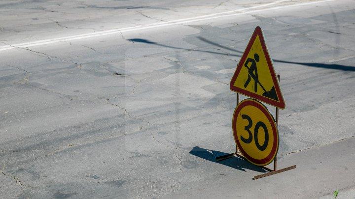 Strada Ion Creangă din Chișinău a intrat de astăzi în reparaţii. Cât timp vor dura lucrările