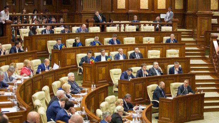PAS le cere partidelor din Parlament să nu asigure cvorum la şedinţă, dacă Sandu va desemna un premier