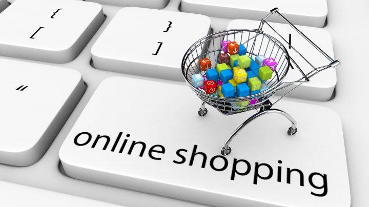 Experții avertizează: Shoppingul online va exploda în perioada următoare. Mare atenție la hackeri