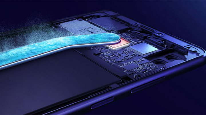 Huawei lansează Mate 20X, un smartphone pentru gaming prevăzut cu răcire avansată şi baterie mare