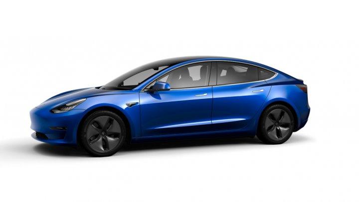 Tesla a lansat o nouă versiune a automobilului Model 3. Cum arată mașina (FOTO)