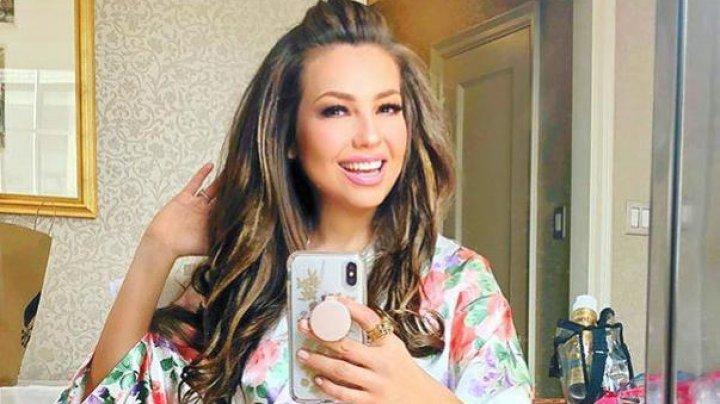 O celebră cântăreață, dusă de urgență la spital. A fost găsită inconștientă în casă