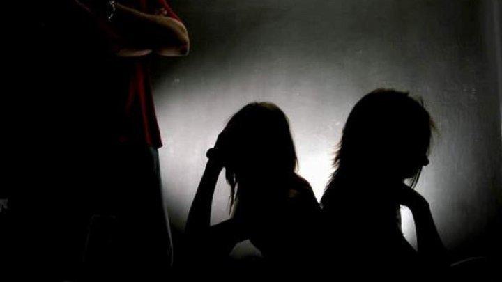 Numărul cazurilor de trafic de fiinţe umane din țara noastră, în SCĂDERE