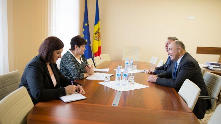 Valentina Buliga s-a întâlnit cu Ambasadorul Lituaniei, Kęstutis Kudzmanas
