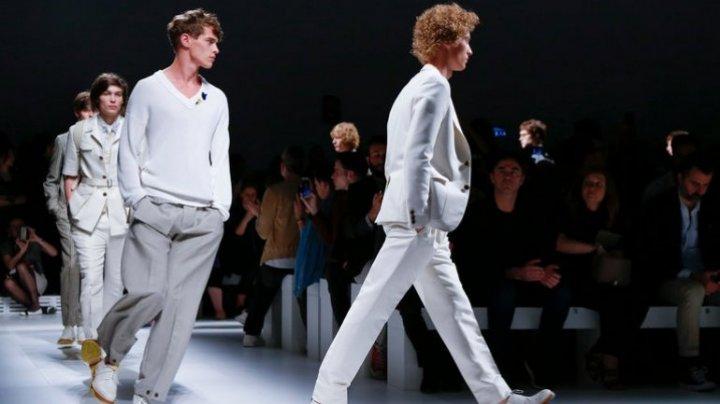 Mai multe celebrităţi chineze renunţă la marca Dolce & Gabbana acuzată de rasism