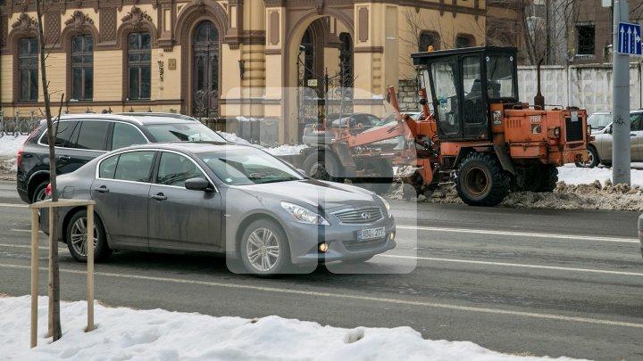 InfoTrafic: Flux majorat de transport în Capitală. Ce străzi trebuie evitate