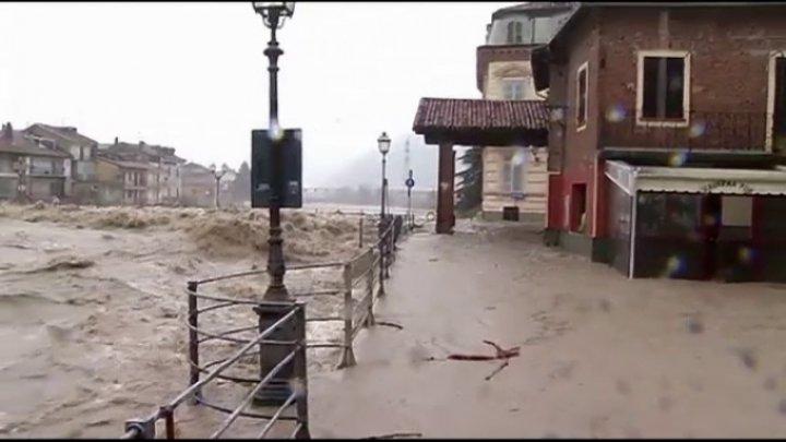 INUNDAŢIILE DE PROPORŢII aduc necazuri fără oprire în Italia. În oraşul Sicilia a fost declarată STARE DE URGENŢĂ (VIDEO)