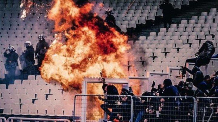 UEFA impune măsuri dure după ce 11 persoane au fost spitalizate în urma meciului AEK Atena-Ajax