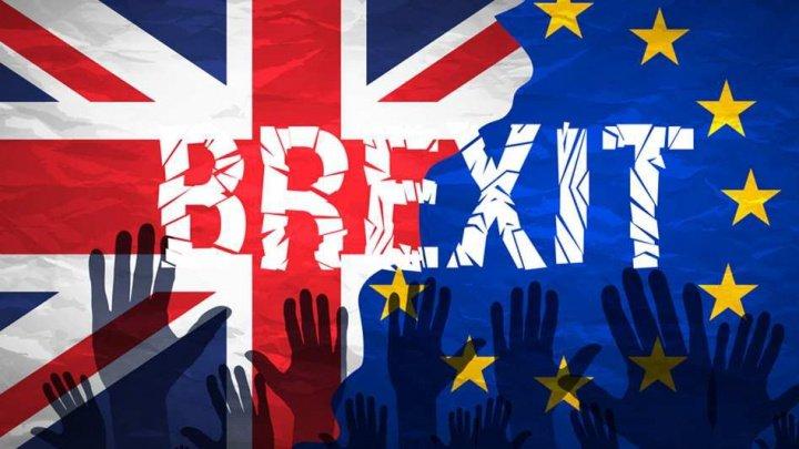 Theresa May: Acordul cu UE privind Brexit le va asigura britanicilor controlul asupra venirii de cetăţeni ai UE