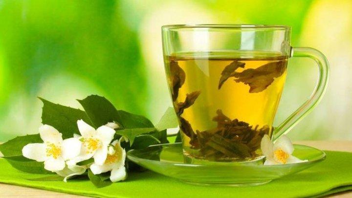 Bine de ştiut! Ceaiul de iasomie combate stresul și depresia