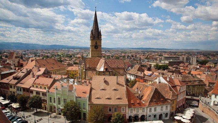 Turiştii care vor să viziteze Clujul vor fi obligaţi să plătească o TAXĂ SPECIALĂ