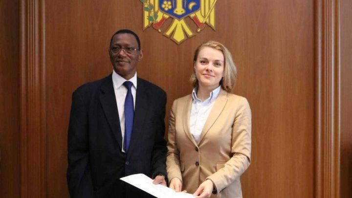 Ambasadorul agreat al Mali în Republica Moldova a prezentat copiile scrisorilor de acreditare