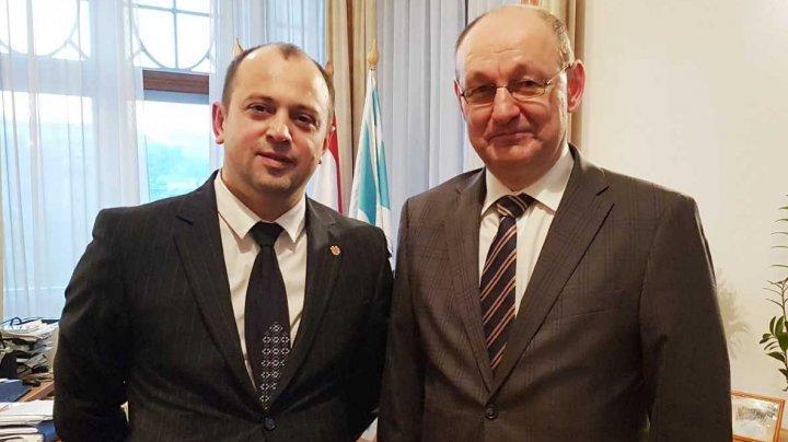 Colaborarea moldo-ungară pe dimensiunea afacerilor interne a fost discutată la Budapesta