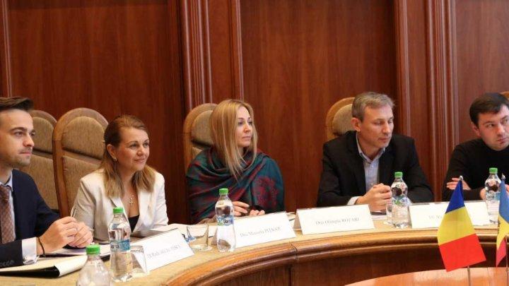 La MAEIE a avut loc o nouă rundă de consultări consulare moldo-române