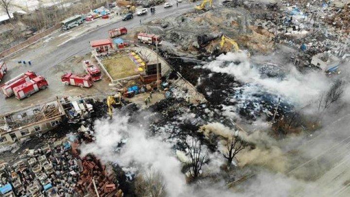 EXPLOZIE la o fabrică din China: Cel puţin două persoane au murit şi zeci de oameni au fost răniţi