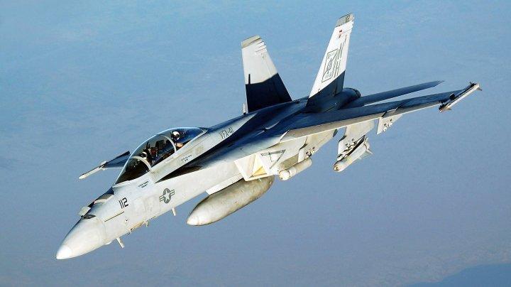 Un avion FA18 al forţelor SUA s-a prăbuşit în Marea Filipinelor