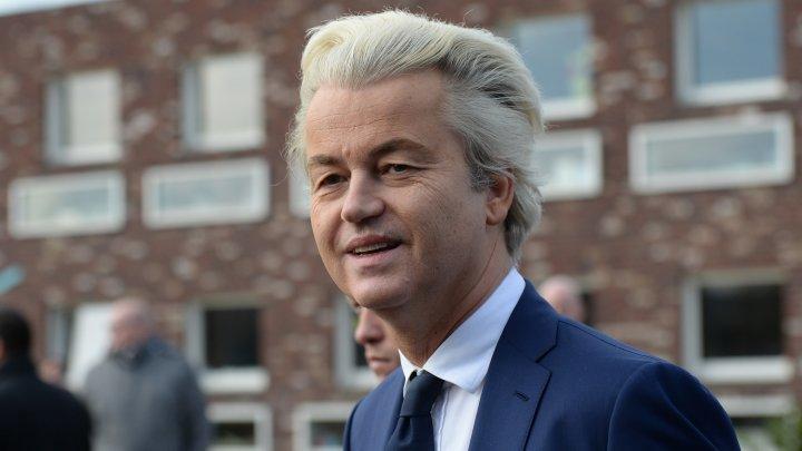 O federație a moscheilor în Țările de Jos a cerut Twitter să blocheze contul lui Geert Wilders