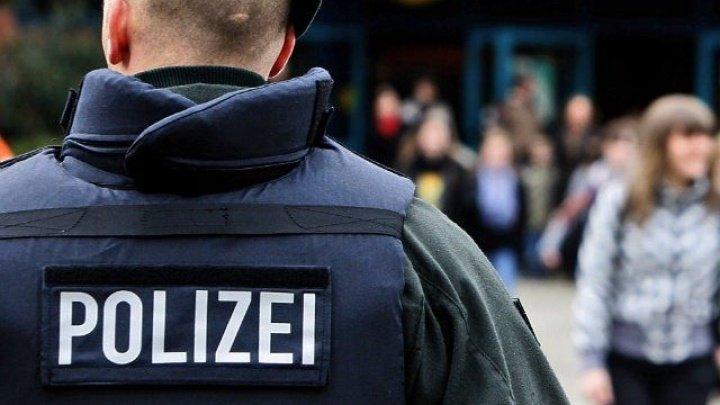 Sute de poliţişti din Berlin au făcut descinderi la apartamentele unor presupuşi extremişti de stânga
