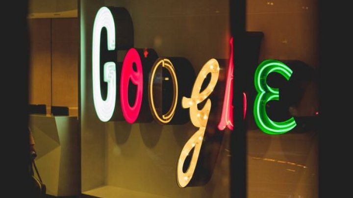 Companiile Facebook şi Google aderă la noile standarde ale Internetului