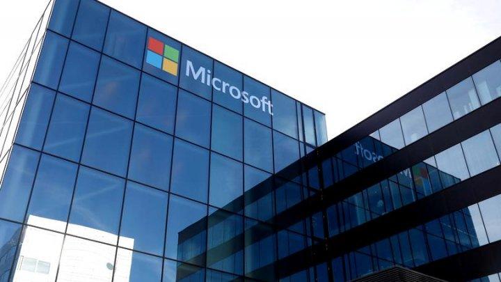 Microsoft a depășit Apple. A ajuns cea mai valoroasă companie din lume