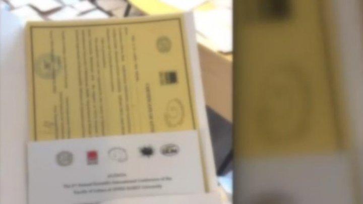 Scandal cu diplome false în România. Profesorii erau obligaţi să cumpere chiar şi două pe lună