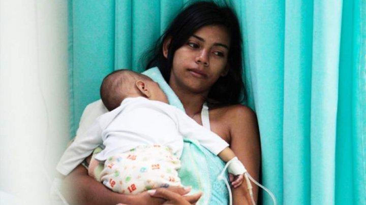 Situație DEVASTATOARE în Venezuela! Mamele își aruncă copiii din cauza sărăciei