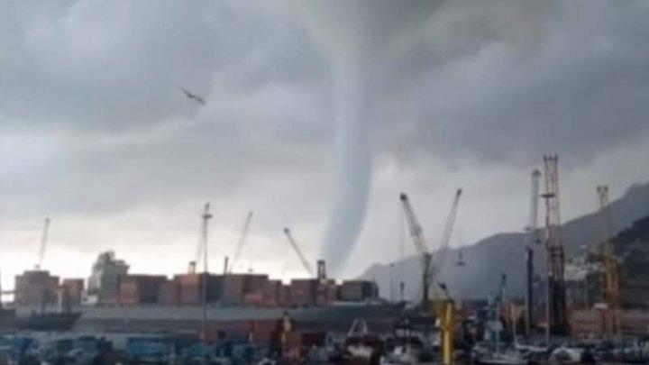 Panică în Italia! Trei tornade au lovit sudul țării (VIDEO)