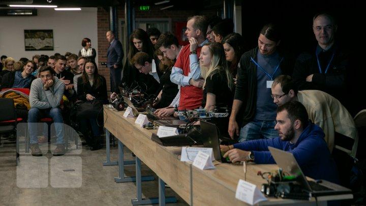 Cel mai mare concurs dedicat ştiinţei şi tehnicii şi-a deschis uşile şi în acest an la Chişinău (FOTOREPORT)