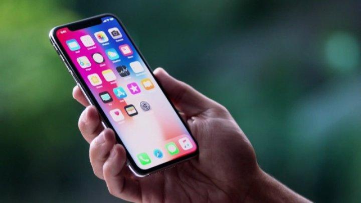 Apple confirmă o defecţiune la telefoanele iPhone X