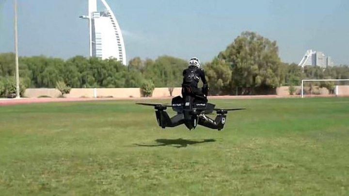 Primul oraș din lume unde polițiștii zboară pe drone. Cum arată mașinăriile zburătoare