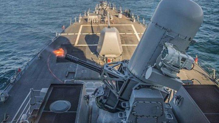 Conflict în Marea Neagră între Rusia şi Ucraina. Două nave de luptă, OPRITE să navigheze în jurul Crimeei
