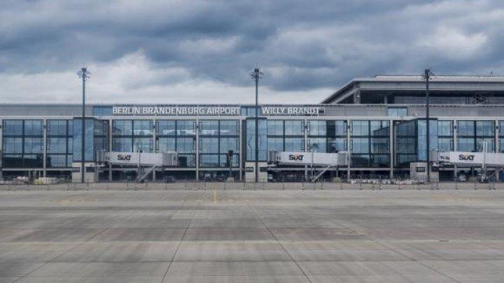 Niciun avion nu aterizează pe pistele moderne, niciun pasager nu trece prin zecile de terminale: Ţara în care există un AEROPORT FANTOMĂ