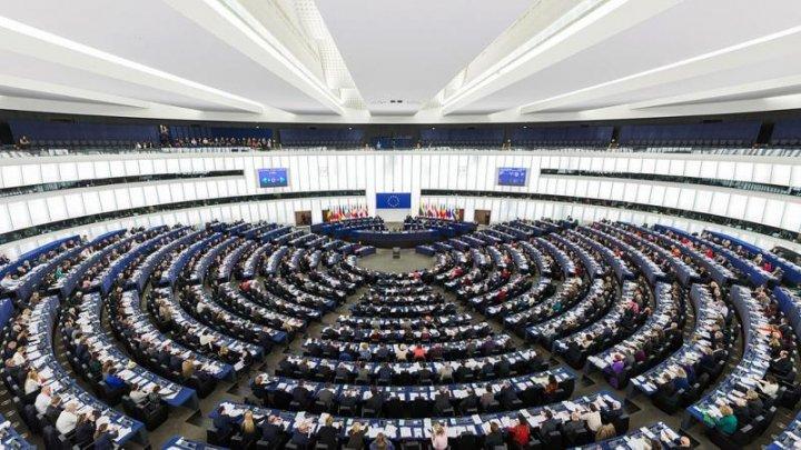 Editorialist: PE prin rezoluța aprobată a comis o ingerință regretabilă în treburile interne ale statului independent și suveran - Republica Moldova